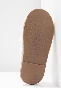Vero Moda - VMLISE - Slippers - pristine - 6