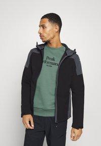 Icepeak - BENDON - Soft shell jacket - black - 0