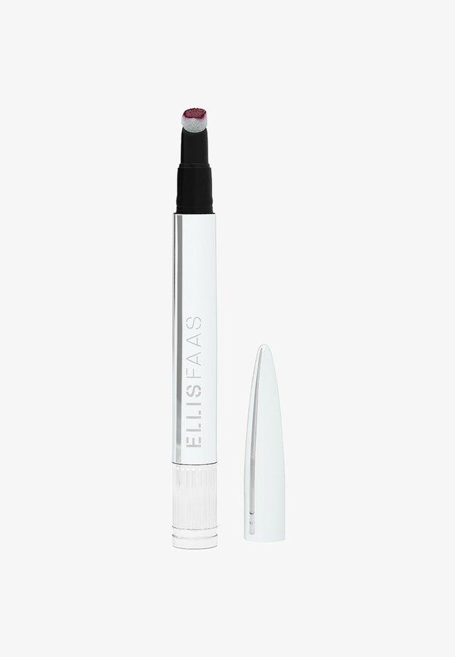 CREAMY LIPS - Vloeibare lippenstift - deep fuchsia