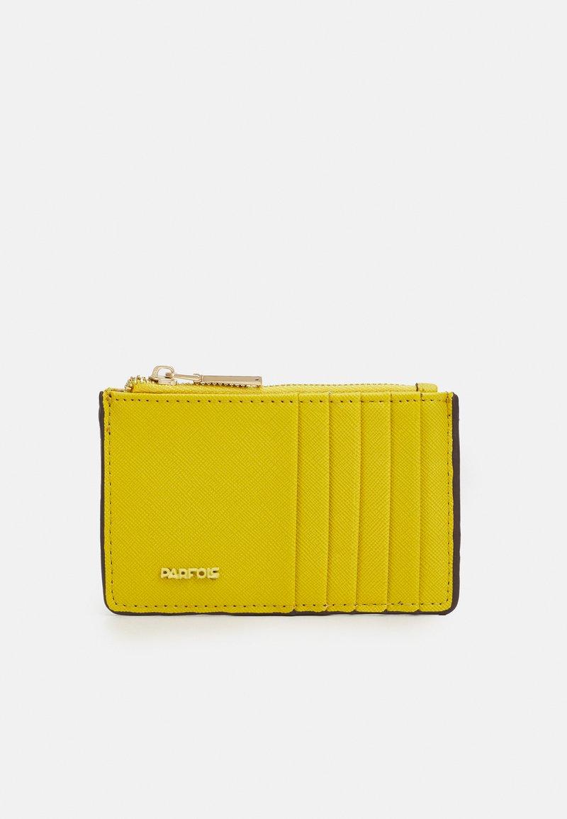 PARFOIS - CARD HOLDER BASIC JUNGLE - Wallet - yellow