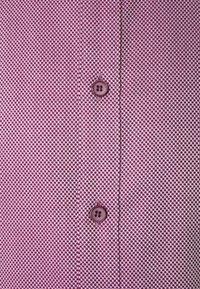 OLYMP Level Five - Formal shirt - granat - 2