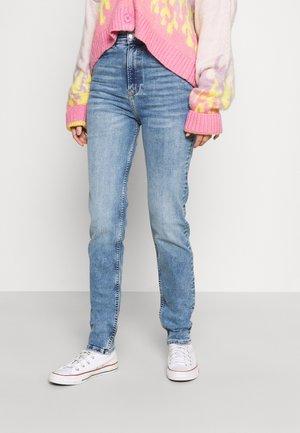COMFY - Slim fit jeans - mid blue
