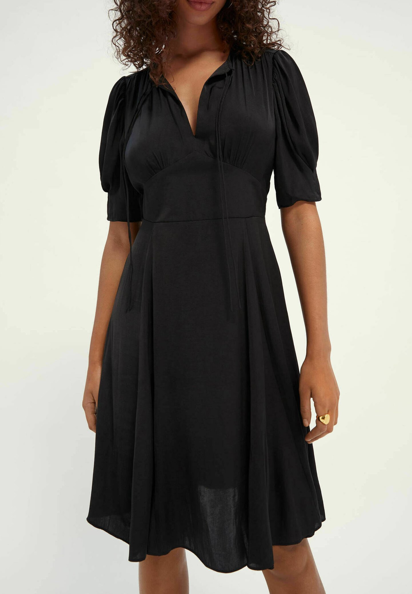 Damen DRAPEY MIDI LENGTH DRESS - Freizeitkleid