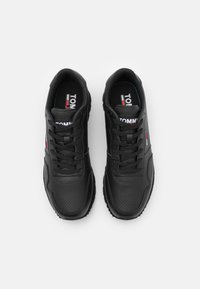 Tommy Jeans - LIFESTYLE RUNNER - Sneakers basse - black - 3