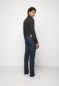 Emporio Armani - Straight leg jeans - blue denim - 2