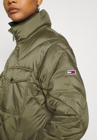 Tommy Jeans - DIAMOND QUILTED COAT - Winter coat - olive tree - 5