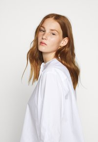 By Malene Birger - SMICKI - Blouse - pure white - 4