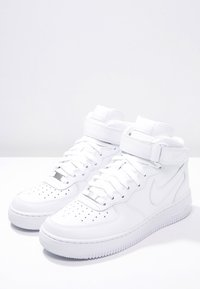 Nike Sportswear - AIR FORCE 1 MID '07 - Höga sneakers - white - 2