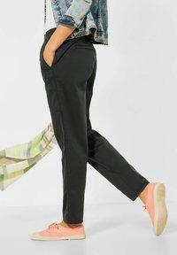 Cecil - CASUAL FIT HOSE - Trousers - grün - 2