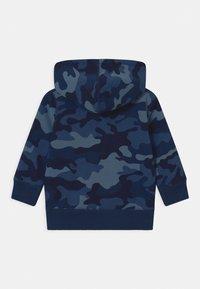 GAP - TODDLER BOY LOGO  - Bluza z kapturem - blue - 1
