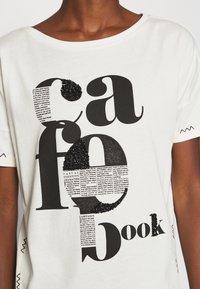 comma casual identity - KURZARM - Print T-shirt - off-white - 5