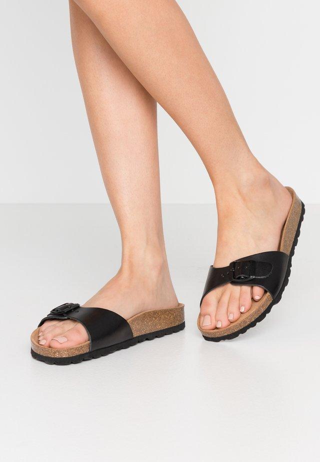 LINDA - Pantoffels - black