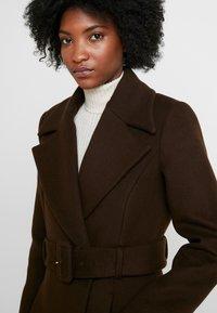 IVY & OAK - STATEMENT  - Zimní kabát - dark chocolate - 3