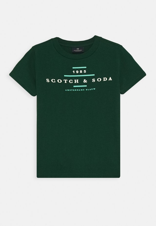 CREW NECK LOGO TEE - T-shirts med print - jungle green