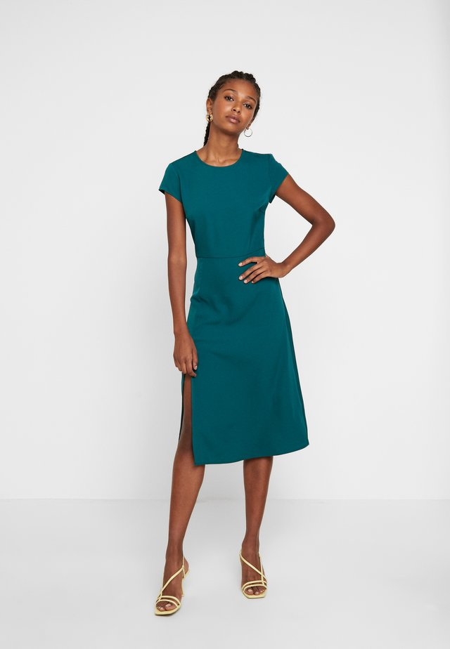 CAPPED SLEEVE MIDI DRESS - Day dress - green