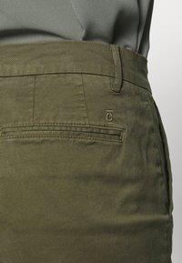 CLOSED - JACK - Chino kalhoty - olive - 5