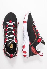Nike Sportswear - REACT 55 - Sneaker low - black/white/gym red/metallic gold - 3