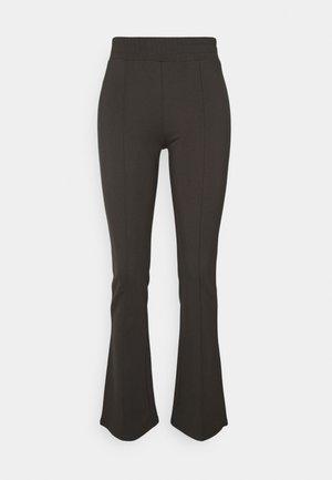 PCKLARA FLARED PANTS TALL - Pantaloni - black olive