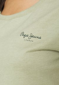 Pepe Jeans - COCO - Basic T-shirt - palm green - 5