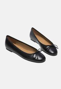 Flattered - NADIA - Ballet pumps - black - 2