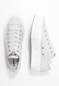 Converse - CHUCK TAYLOR ALL STAR LIFT - Trainers - mouse/moonstone violet/white - 3