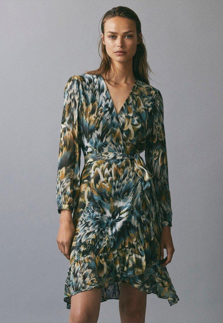 Massimo Dutti - BEDRUCKTES KLEID MIT VOLANTS 06620858 - Vestito estivo - green
