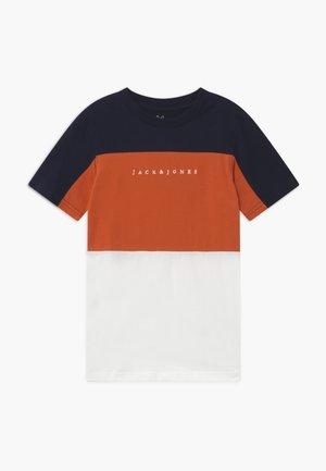 JORPRO TEE CREW NECK - Camiseta estampada - burnt ochre