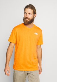 The North Face - BOX TEE - Triko spotiskem - flame orange - 2