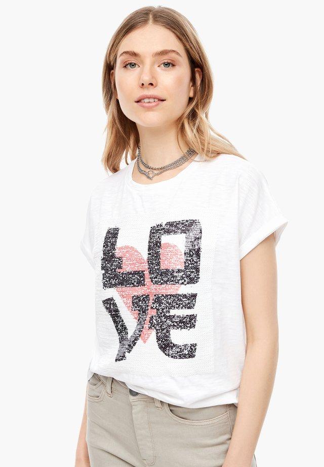 MIT PAILLETTEN - Print T-shirt - white placed print