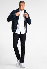 Esprit - Slim fit jeans - blue rinse - 1
