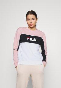 Fila - AMINA BLOCKED CREW NECK - Sweatshirt - white/pale mauve/black - 0