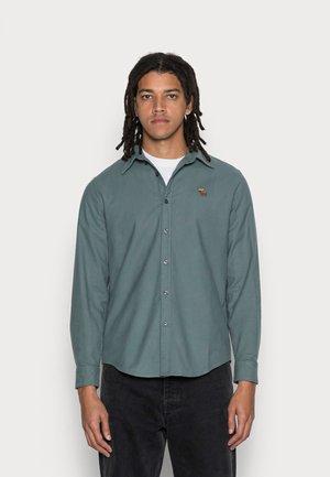 INTL FALL OXFORD UPDATE - Camicia - green