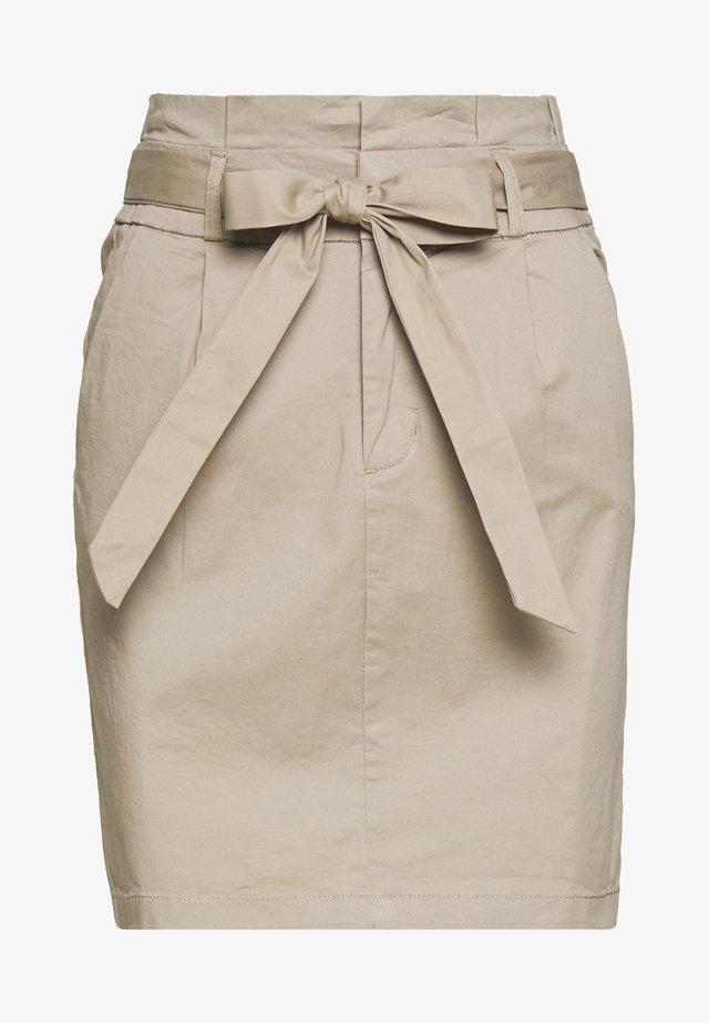 VMEVA PAPERBAG SKIRT - Mini skirt - silver mink