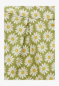 PULL&BEAR - MIT MARGERITEN - Shorts - green - 5