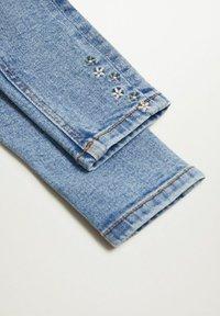 Mango - JULES - Slim fit jeans - middenblauw - 3