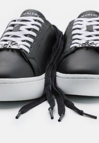 Calvin Klein Jeans - CUPSOLE LACEUP - Tenisky - black - 5