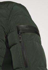 Antony Morato - COAT IN TECHNO FABRIC CONTRAST IN COMPOUNDNYLON - Light jacket - bottle green - 4