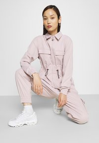 Nike Sportswear - UTILITY - Overall / Jumpsuit /Buksedragter - lilac - 3
