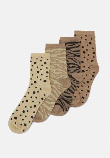 PCRUZITA SOCKS 4 PACK - Socks - warm taupe