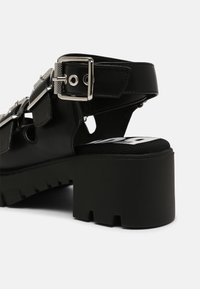 Buffalo - VEGAN RAJA - Platform sandals - black - 5