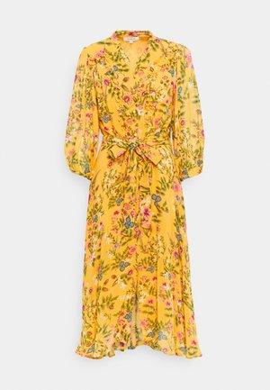 SEPIA DRESS - Robe d'été - yellow