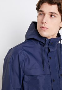 Vans - MN DRILL CHORE COAT 3L - Waterproof jacket - dress blues - 5