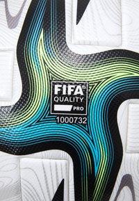adidas Performance - PRO - Fotbal - white/black/shock pink/silver - 2