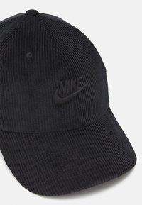Nike Sportswear - FUTURA UNISEX - Lippalakki - black - 3