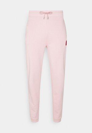 DICHIBI REDLABEL - Spodnji deli trenirk - pastel pink