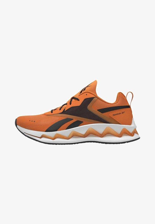 ZIG ELUSION ENERGY SHOES - Trainers - orange