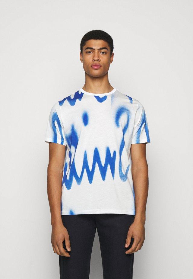 GENTS SPRAY LOGO  - T-shirt z nadrukiem - white