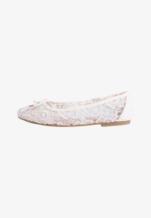 Ballet pumps - off-white