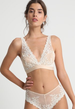 EMBRACE SOFT CUP NON WIRE BRA - Triangle bra - naturally nude/ivory