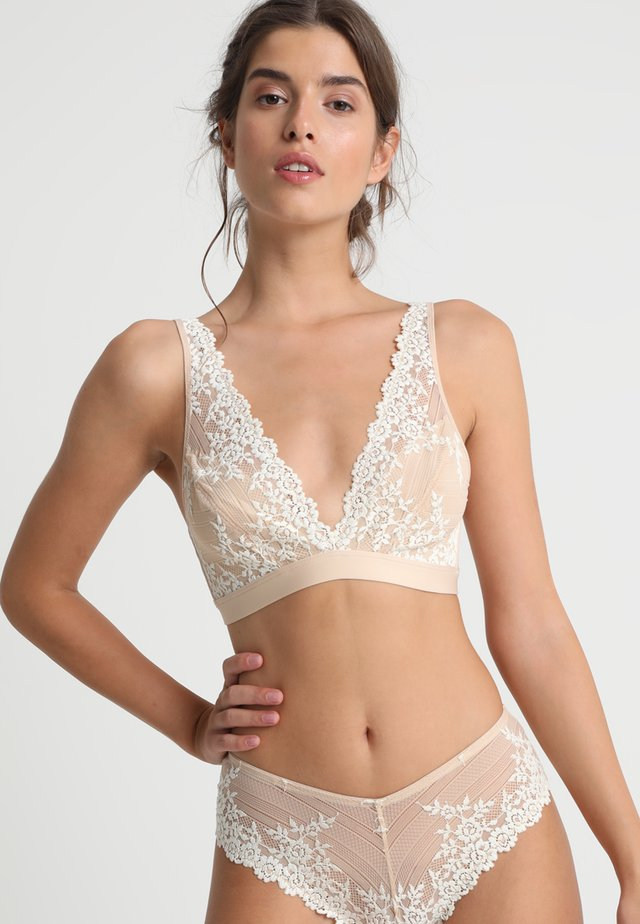 EMBRACE SOFT CUP BRA - Triangle bra - naturally nude/ivory